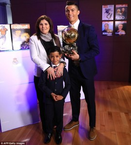Ronaldo with his mom and son